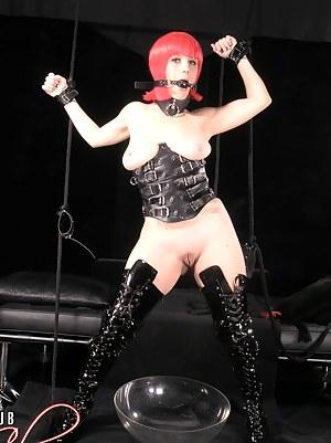 Free Girls BDSM Porn Pictures